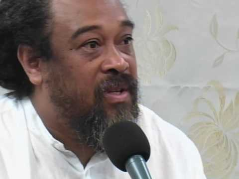 Mooji: Everything Happens In Your Head