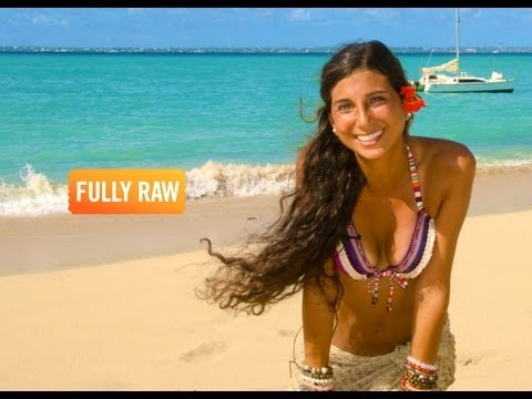 Kristina Carrillo-Bucaram: How To Travel And Eat FullyRaw!