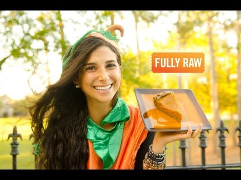 Kristina Carrillo-Bucaram: FullyRaw Pumpkin Pie!