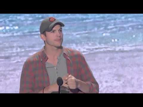 Ashton Kutcher Acceptance Speech - Teen Choice Awards 2013